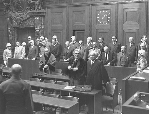 Nuremberg Defendants%20rise%20as%20Judges%20enter