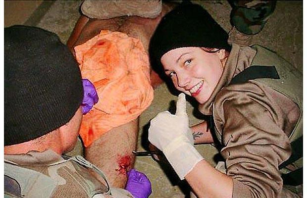 presidents 18 Smiling-woman-iraq_1404118i